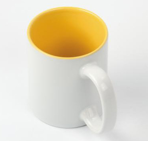 Кружка белая, желтая внутри, ручка белая